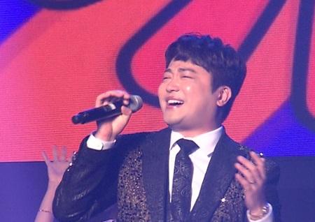 '휴먼다큐 사람이 좋다' 오빠가 돌아왔다! 가수 박현빈, 4대가 함께 하는 평범한 육아 일상 공개