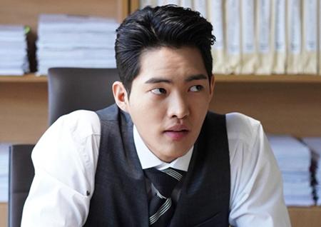 '나쁜형사' 최악의 연쇄살인마 등판! '비밀병기' 김건우 캐릭터 스틸 시선강탈!