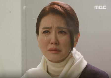 """'비밀과 거짓말' 이일화, 구치소 수감 앞둔 오승아에게 """"엄마를 납치해"""" 제안"""