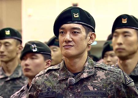 '진짜사나이300' 최후의 1인 박재민의 마지막 도전…'황금 베레모' 수여식 현장 공개