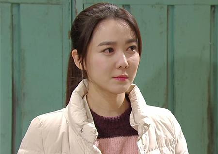 """'용왕님 보우하사' 재희, 이소연에 """"정체를 밝혀, 당신 대체 뭐야"""""""