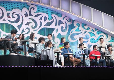 '복면가왕' 방송이래 최초로 펼쳐진 MC들의 노래 승부, 김구라 vs 김성주