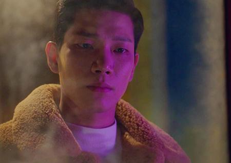 '특별근로감독관 조장풍' 김경남, 김동욱 향한 3단 눈빛으로 '몰입도 UP'