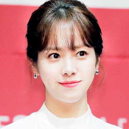 [M픽] 한지민, 봄 처럼 반짝이는 눈동자가 예쁜 그녀