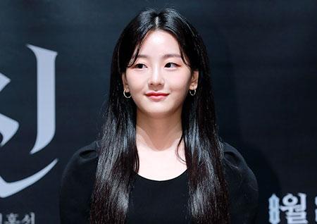 [포토] '변신' 조이현, 시선 집중 넘치는 매력