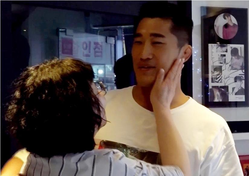 김동현 매니저, '김동현 母'와 첫 만남..순식간에 친아들 김동현 이상의 애정 독차지
