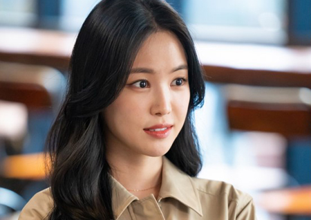'저녁 같이 드실래요?' 손나은, '송승헌 구 여친' 캐릭터로 자체발광 미모 자랑