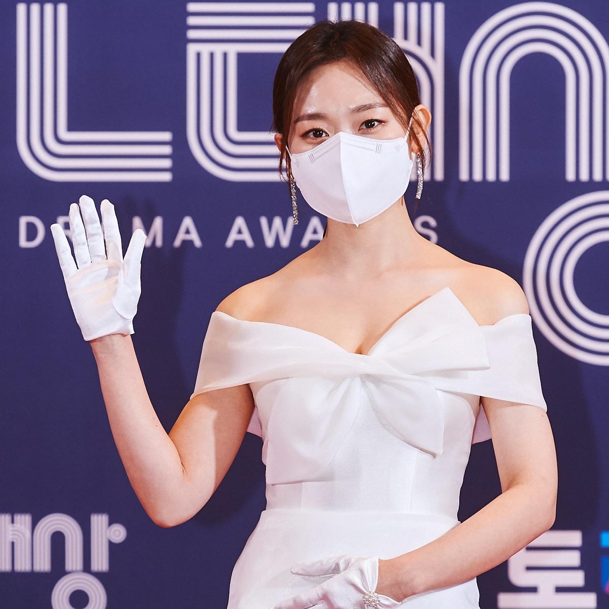 [포토] 김슬기, 단아한 드레스 입고