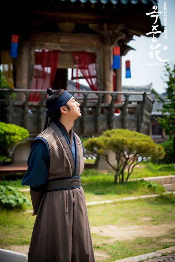 [포토] 여기는 촬영현장! <옥중화> 배우들, '더위 이기는 필수 아이템은?'  이미지-3