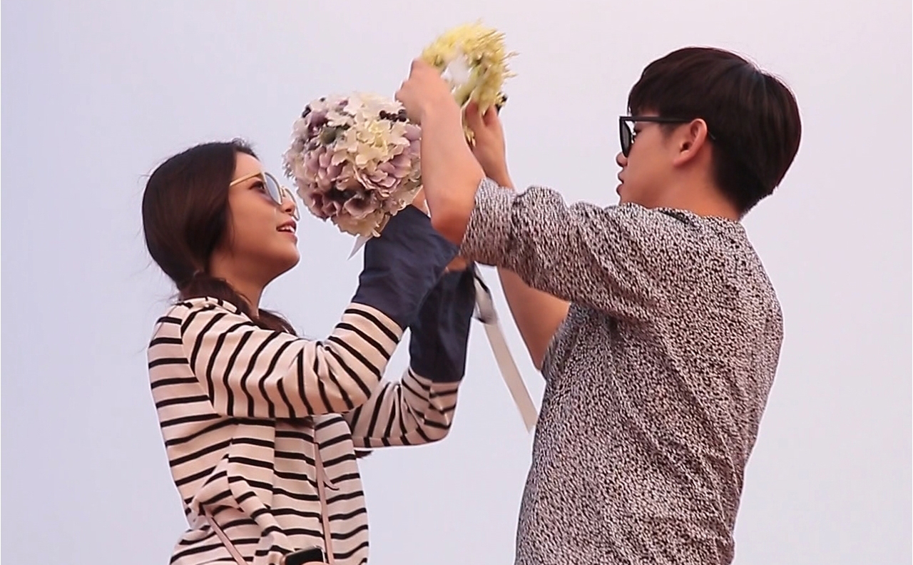 <우리 결혼했어요> 에릭남♡솔라, 사막에서 찍는 두번째 웨딩화보 이미지-2