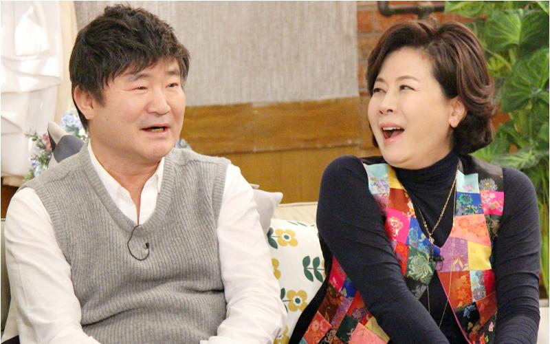 <해피투게더3> 이계인, 박정수 향한 '40년 짝사랑' 비화 공개