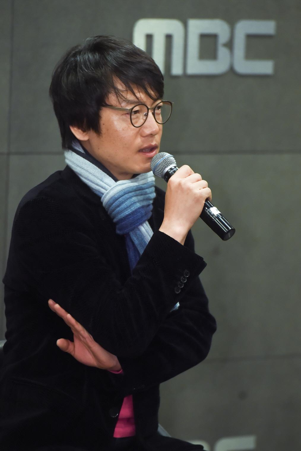 """<역적> 김진만PD, """"4회 분량 아모개, 김상중이라서 생명 연장"""""""
