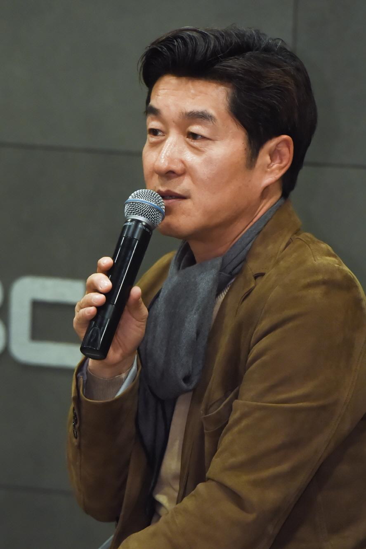 """<역적> 김상중, """"예쁜 척 안 하는 채수빈의 재발견"""""""