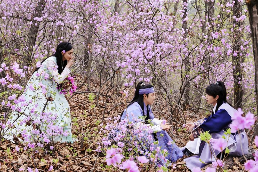 <왕은 사랑한다> 임시완-임윤아-홍종현, '그림 같은 선남선녀들'