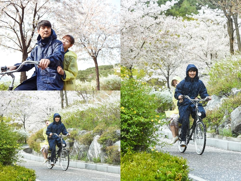 <돌아온 복단지> 강성연-이필모, '벚꽃비 가득 첫 촬영' 포착! 이미지-1