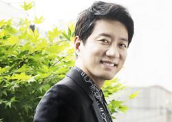 """[人스타] 김명민 """"식상한 연기는 싫다. 아직도 내 연기는 70점대"""""""