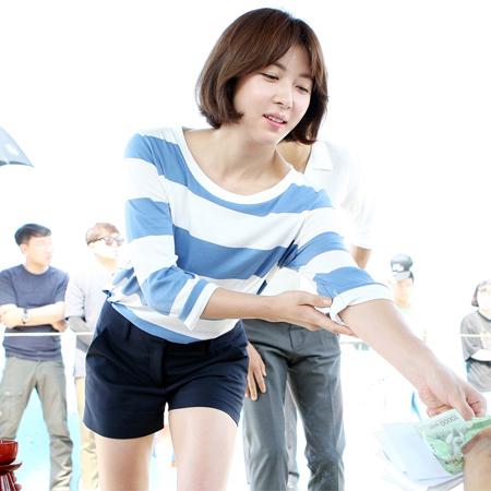 하지원, '열정+여신美 가득 고사현장'