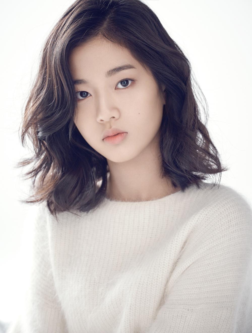 신은수, 김지운 감독 신작 <인랑> 합류! '강동원과 재회' [공식]