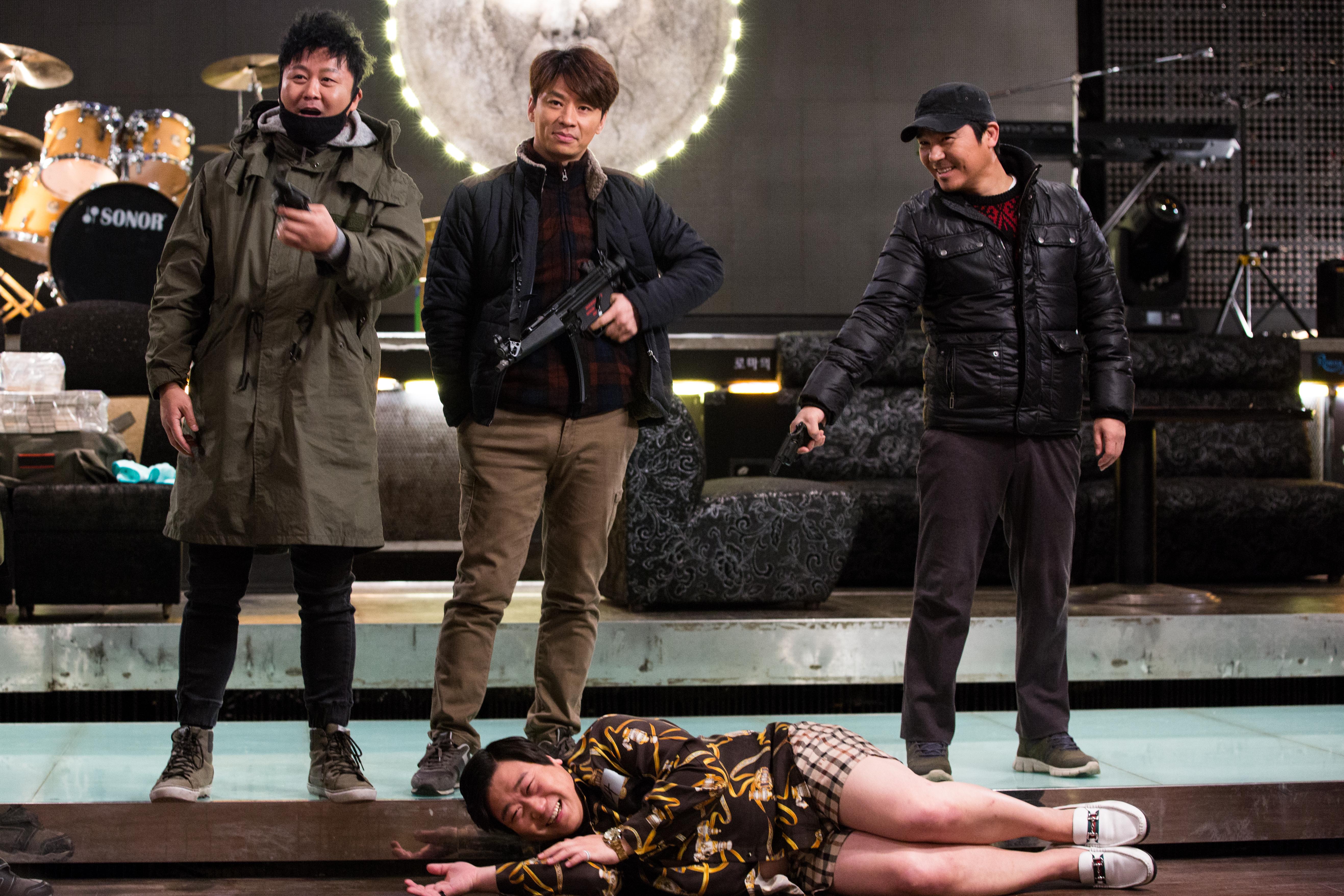 [애프터스크리닝] 한국 특유의 코미디 감성도 잡고, 감동도 잡고 <로마의 휴일> ★★☆