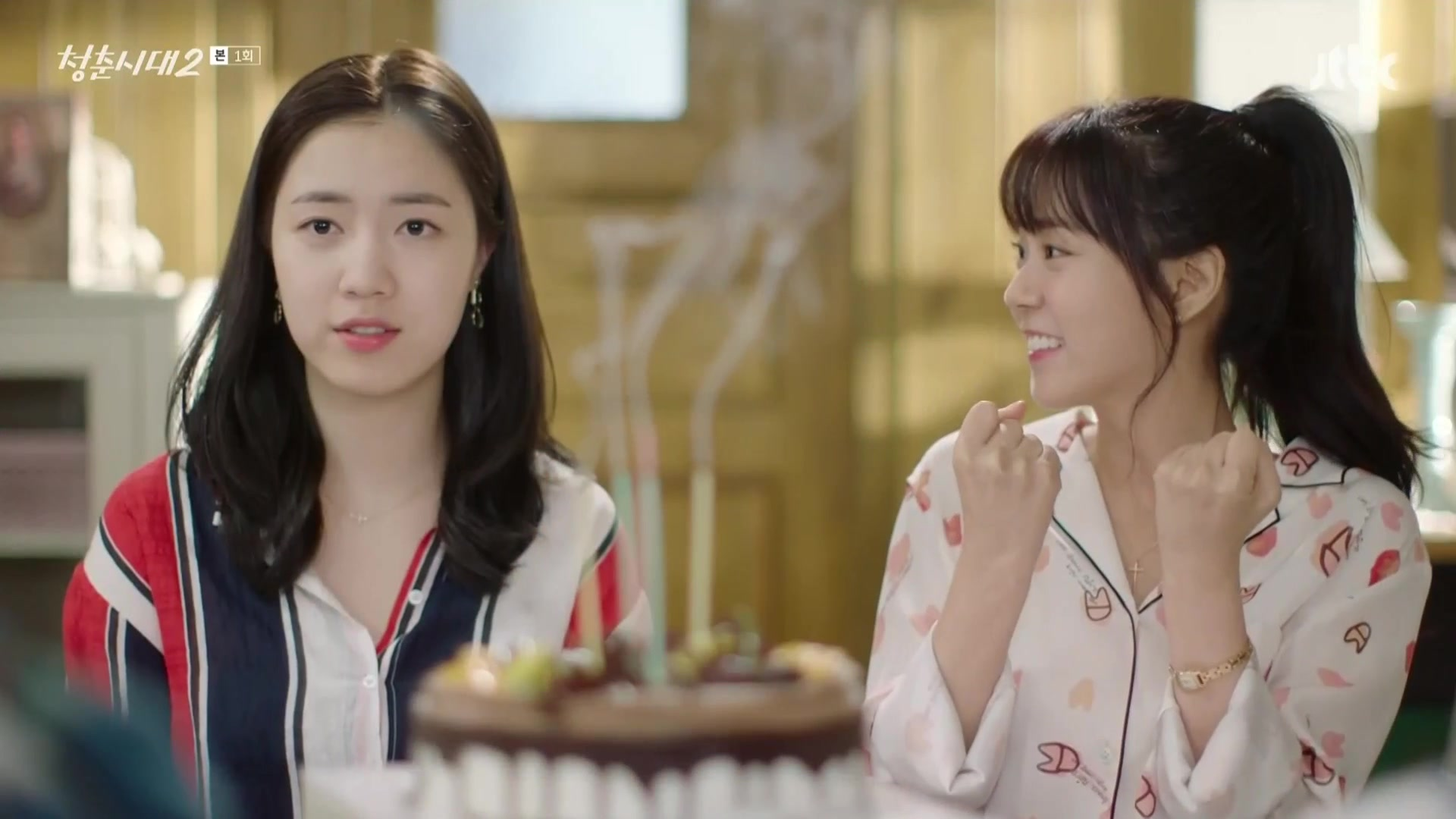 [TV성적표] <청춘시대 2> 시즌1의 잔잔한 인기 이어갈 수 있을까?