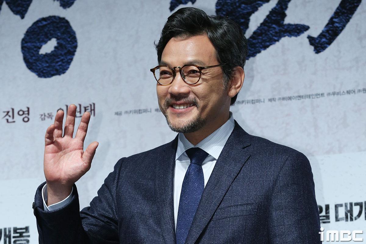 [포토] <대장 김창수> 정진영, 따뜻한 미소로 인사