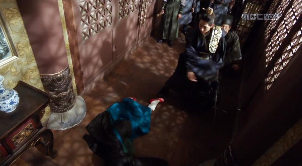 """""""너를 두고 떠나야겠다"""" 홍종현, 임시완 칼에 쓰러지다!"""