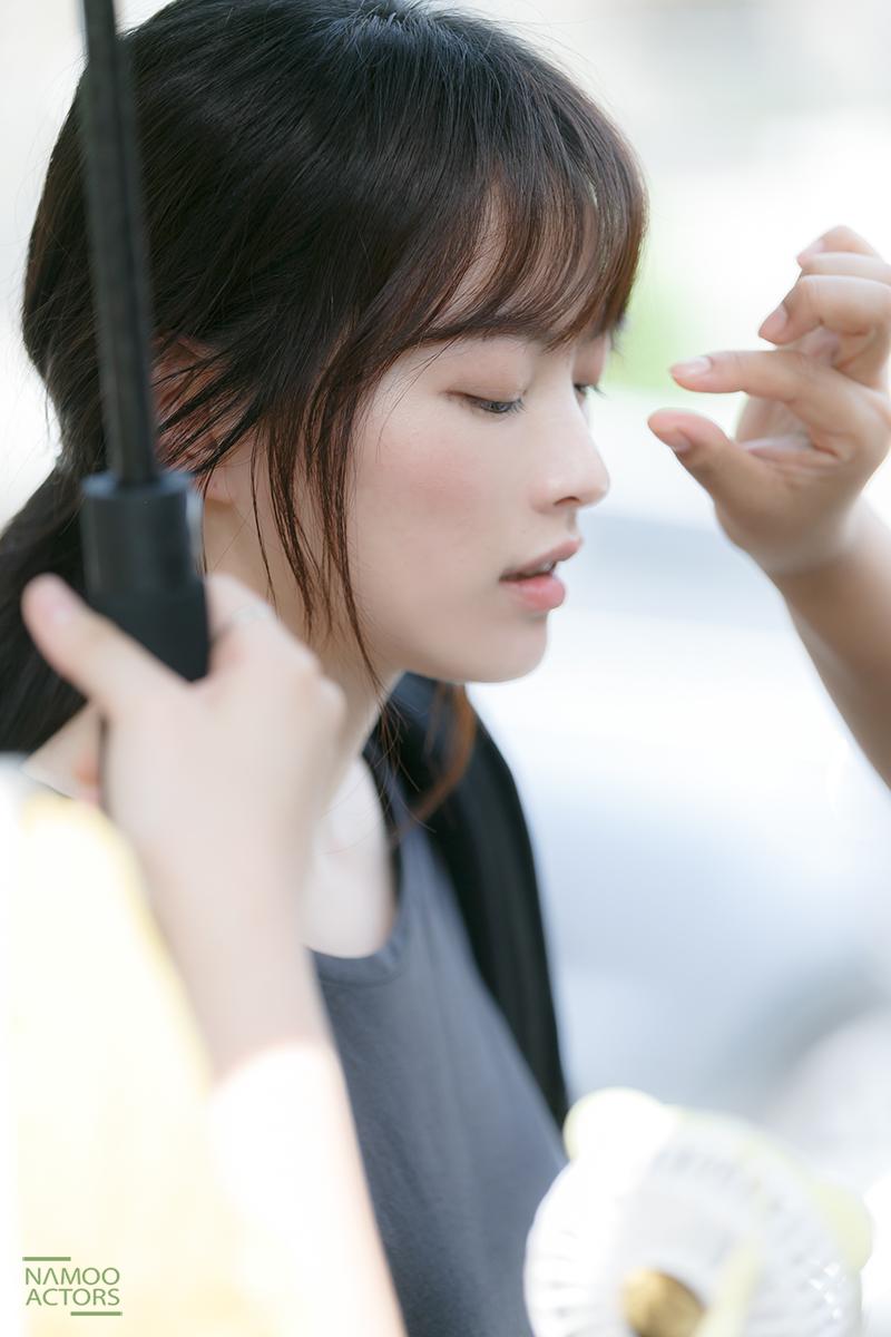<아르곤> 천우희, 러블리 매력 마구 발산하는 비하인드 스틸 공개