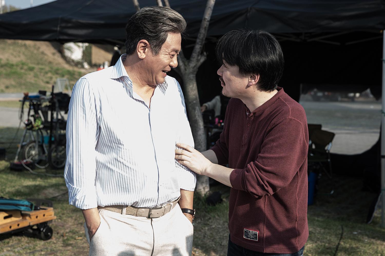 <침묵> 최민식, 박신혜, 류준열, 이하늬, 세대를 뛰어넘는 케미스트리 스틸 공개