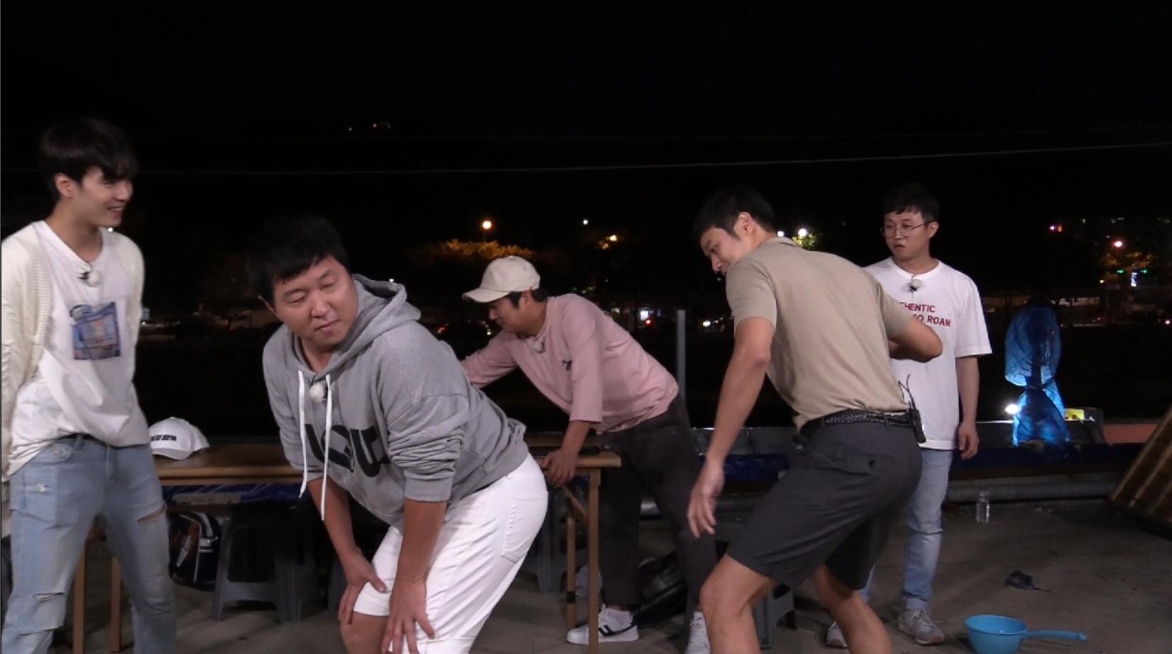 """<밤도깨비> 정형돈-천정명, 엉덩이 때리기 벌칙에 """"차라리 야구방망이로…"""""""