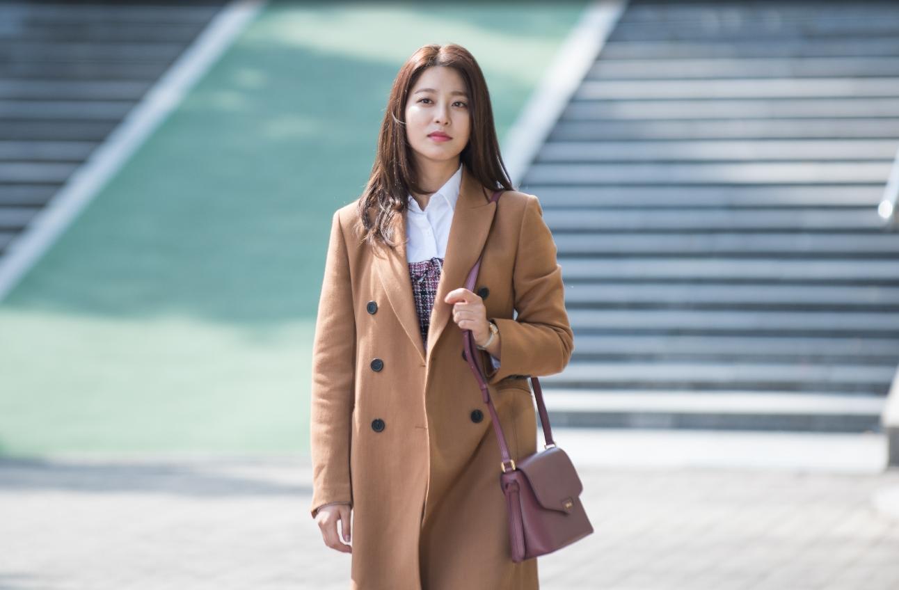 <돈꽃> 박세영, '가을 여신'의 첫 촬영 현장 포착 이미지-1