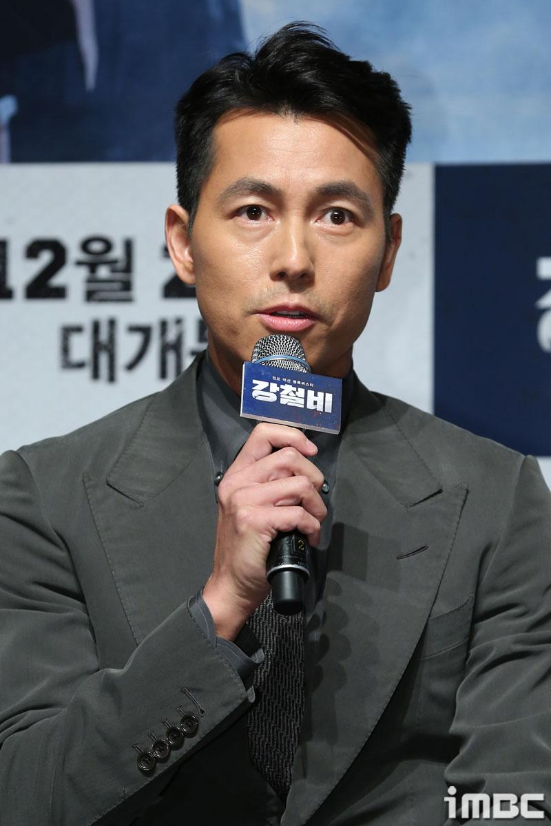 """<강철비> 정우성, """"개봉시점 같은 <신과 함께> 응원한다"""""""