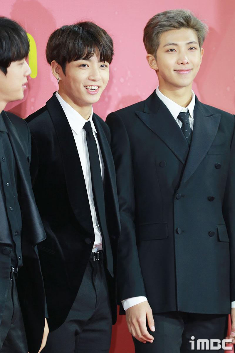 [포토] <멜론뮤직어워드> 방탄소년단 정국-랩몬스터, 입가에 핀 환한 미소