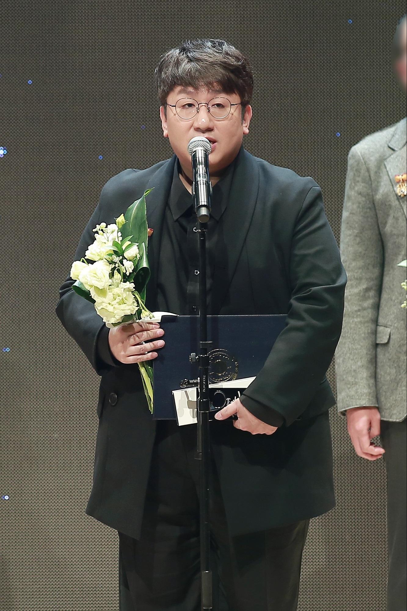 '방탄소년단' 프로듀서 방시혁, '2017 대한민국 콘텐츠 대상' 대통령 표창!