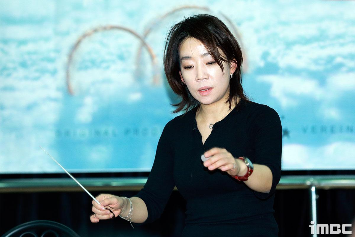 [포토] <더 라스트 키스> 김문정 음악감독, 열정 가득한 지휘