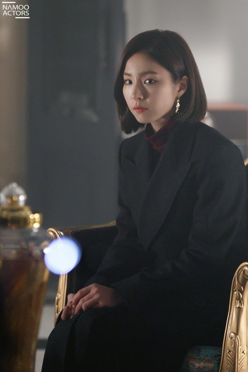 <흑기사> 신세경, 샤론 양장점에서 더덕주 회담? 궁금증 증폭!