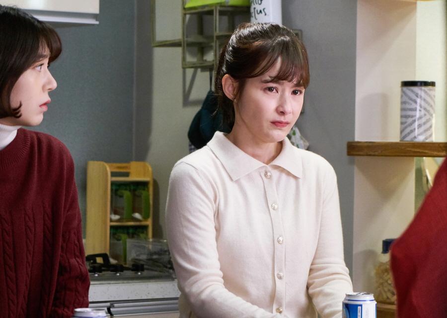 <저글러스:비서들> 강혜정, 이중생활 비밀 지켜라! '위험인물' 명단 공개