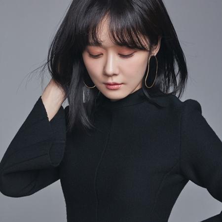 """장나라, 매혹적인 화보 공개··· """"수지-아이유 이전에 나? 비교조차 미안해"""""""