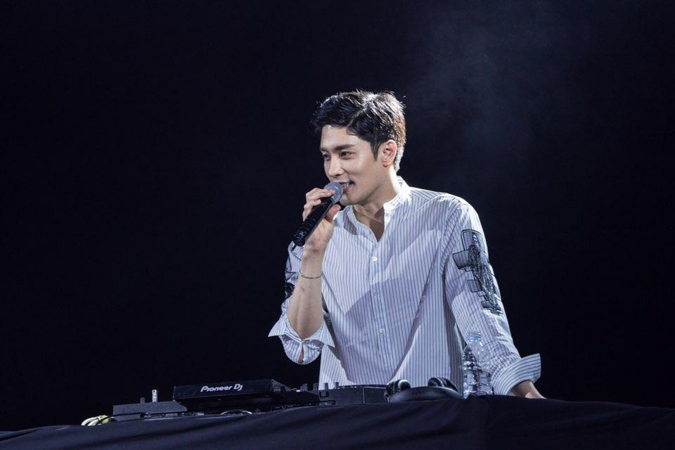'올림 팝 페스티벌' 배우 성훈, DJ ROI로 깜짝 변신! 강렬한 엔딩 장식!