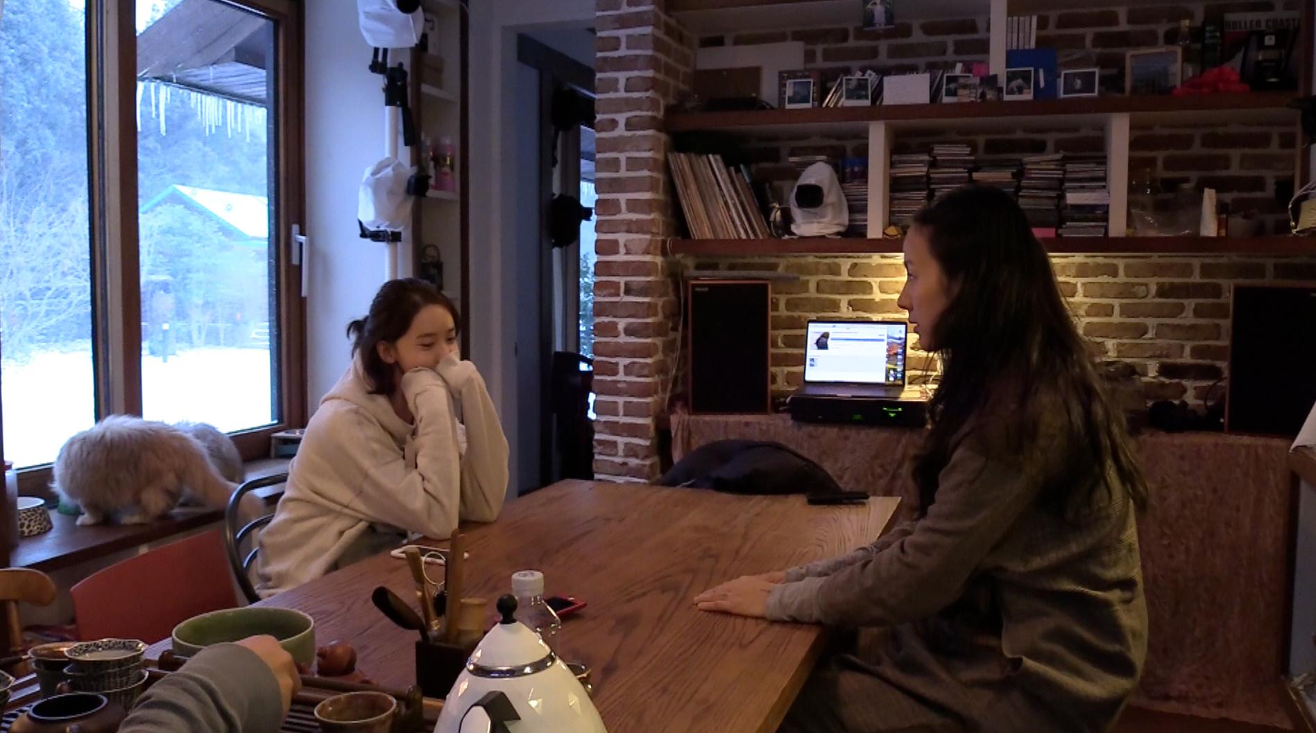 '효리네 민박2' 소길리 음악감상실 오픈! 이효리-이상순 부부, 윤아의 눈물샘 자극