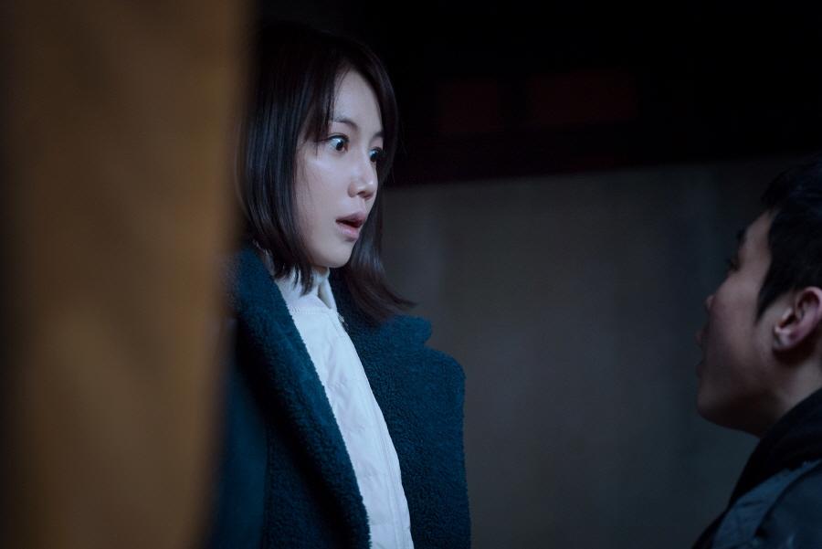 '작은 신의 아이들' 미궁에 빠진 강지환-김옥빈, 궁금증 폭발 포인트 정리