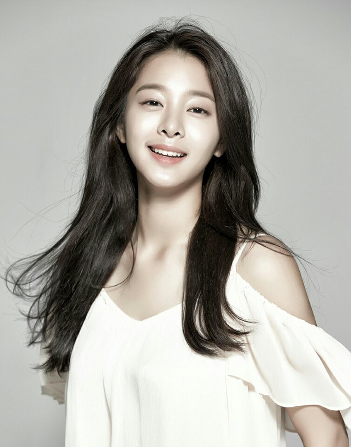 배우 설인아, '2018 드림콘서트' MC 발탁으로 '대세 행보'! 윤시윤과 호흡