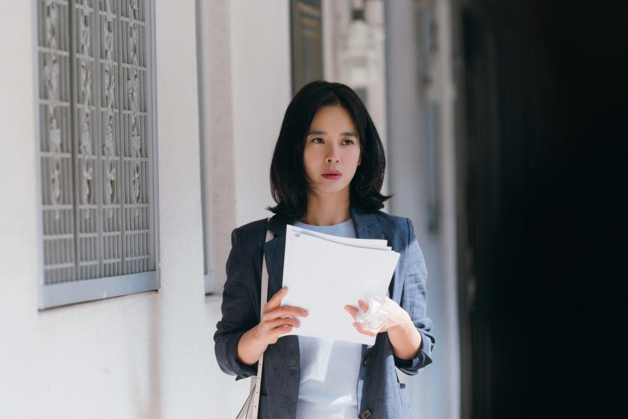 '이별이 떠났다' 정혜영, 5년 만에 복귀! 과감한 첫 촬영 현장 포착! 이미지-1