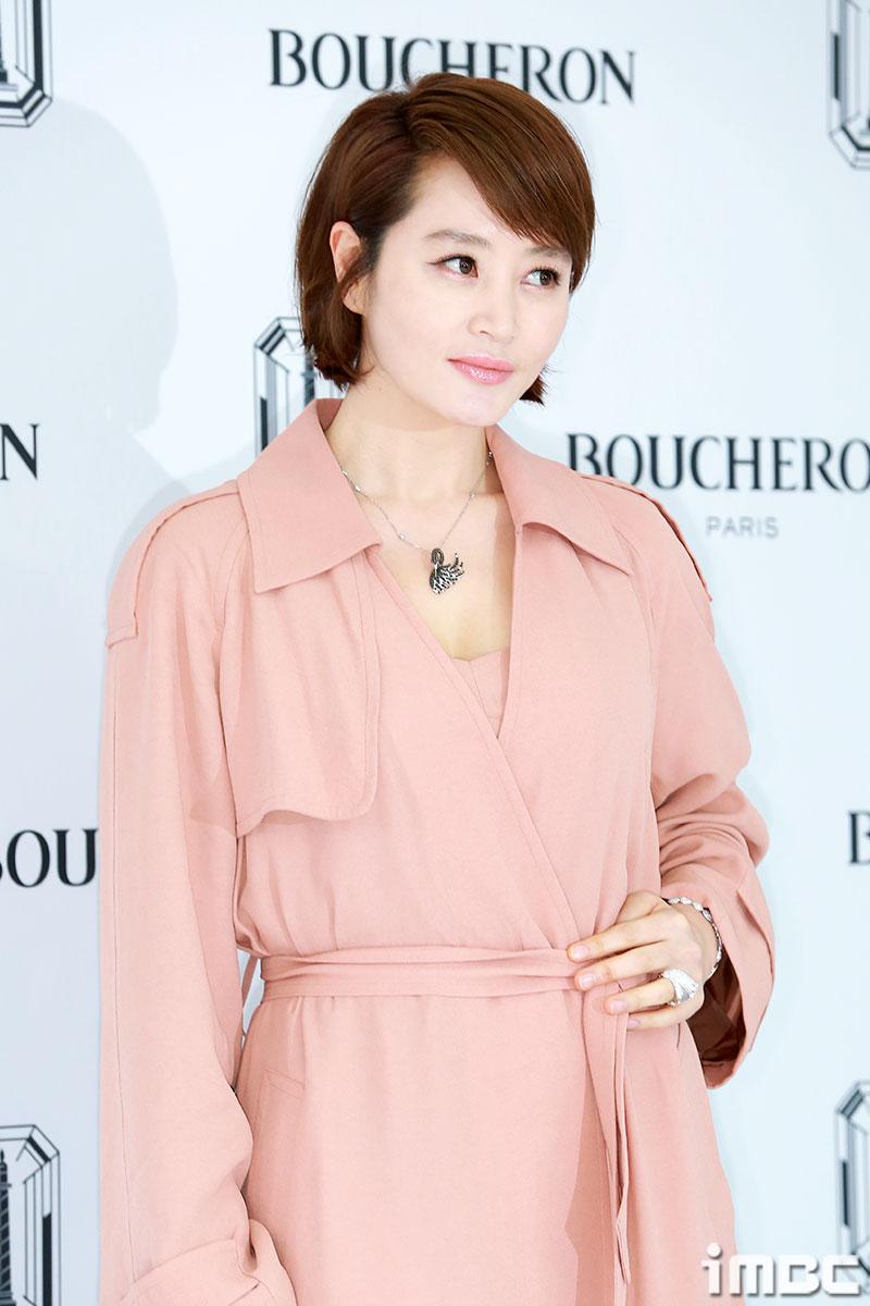 [포토] 김혜수, 화사한 핑크