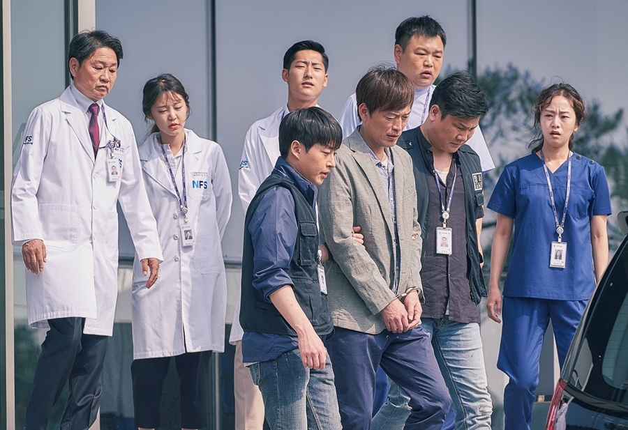 '검법남녀' 정재영, 살인 용의자 지목에 연행까지! 그의 운명은?
