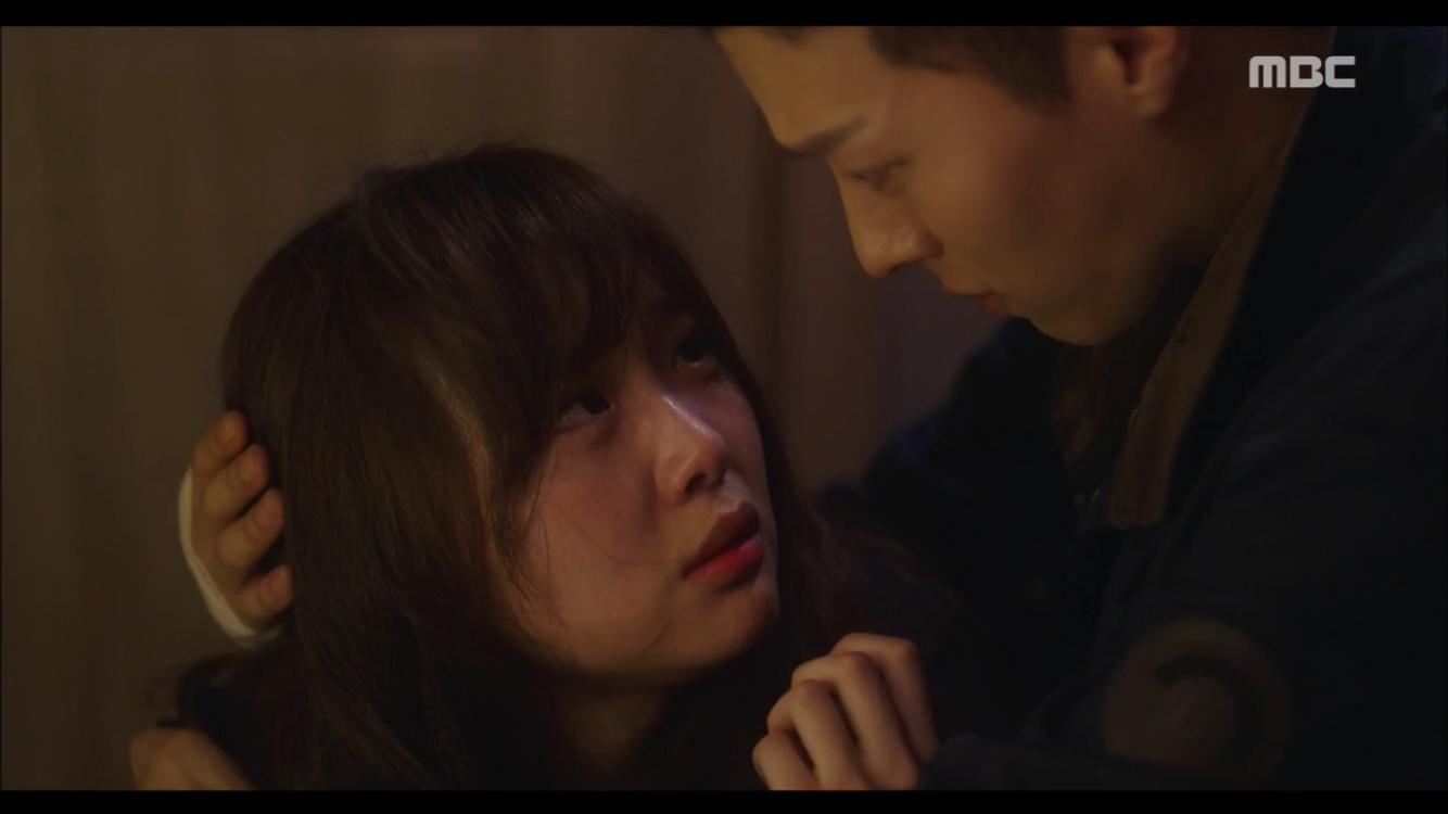 """'이리와 안아줘' """"낙원아"""" 장기용, 위기에 빠진 진기주 구했다…'눈물의 애틋 포옹'"""