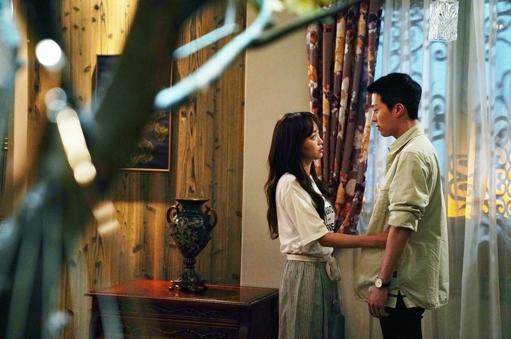 '이리와 안아줘' 장기용♥진기주, 허준호 탈주로 위기! 잠 못 드는 '애틋한 밤'