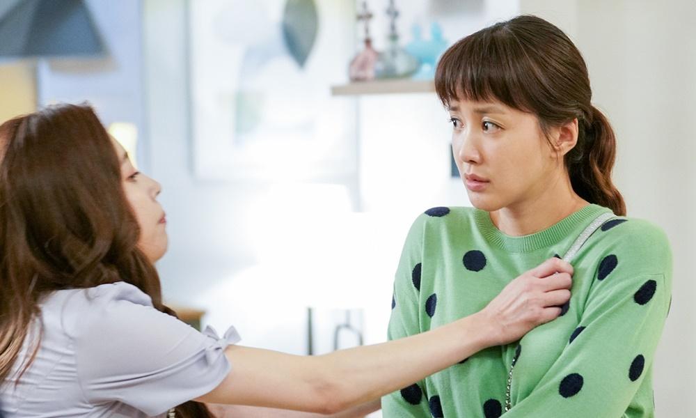 이시영-윤주희, 몸싸움 1초 전 포착 '앙숙 시스터즈'