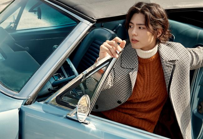 박보검, 긴머리도 잘 어울려.. 화보 통해 색다른 모습 공개
