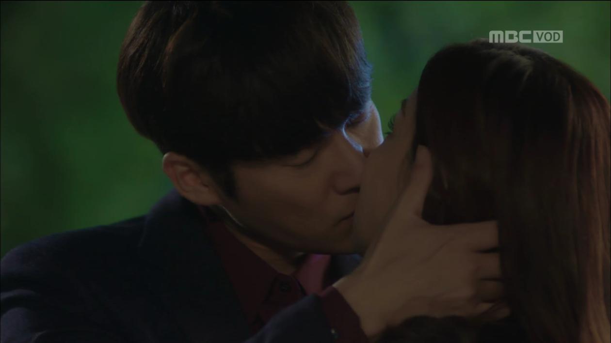 '숨바꼭질' 이유리-송창의, 짜릿+애틋 '첫 키스'! 드디어 사랑 이루나?!