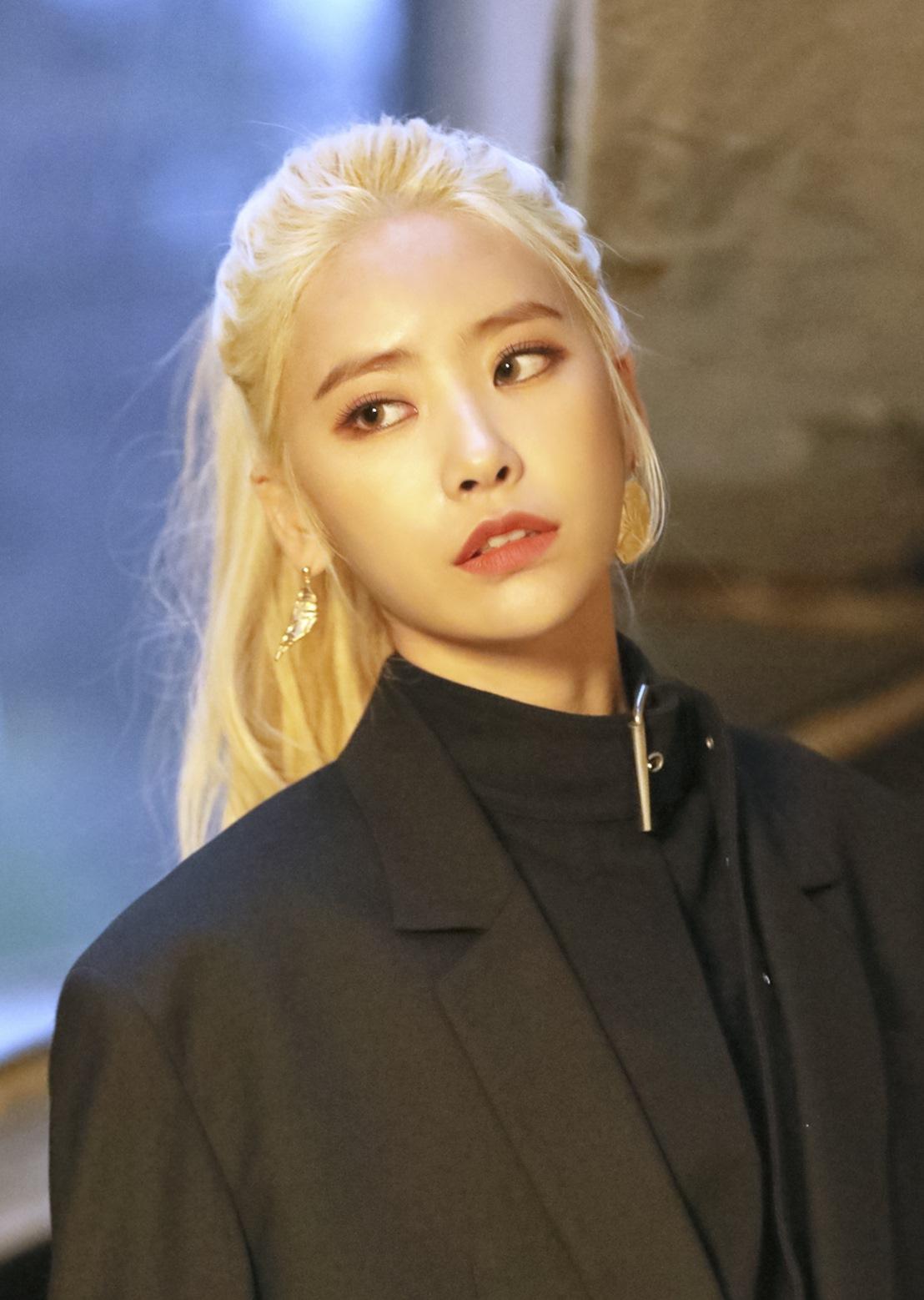 다이아 희현, MBC '언더나인틴' 게릴라 스테이지 MC낙점!